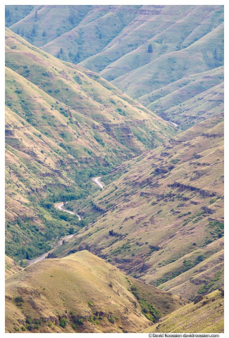 Grande Ronde River Valley,  Washington Oregon Border